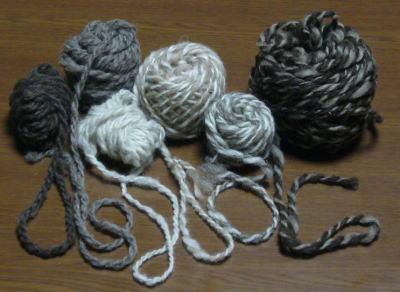 双糸(そうし)の手つむぎ糸